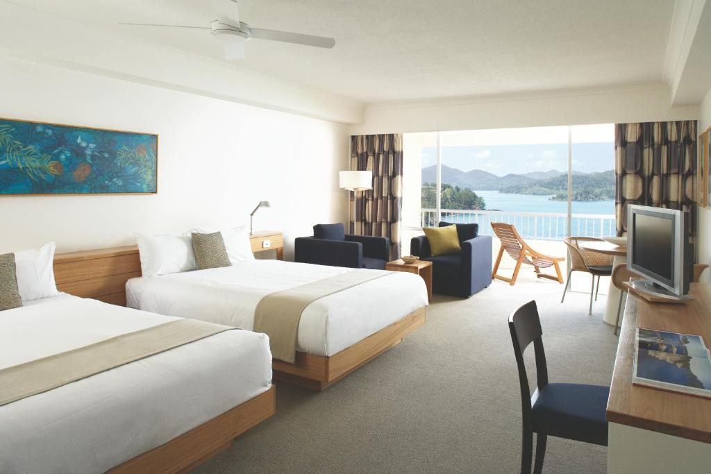 Reef-View-Coral-sea-01