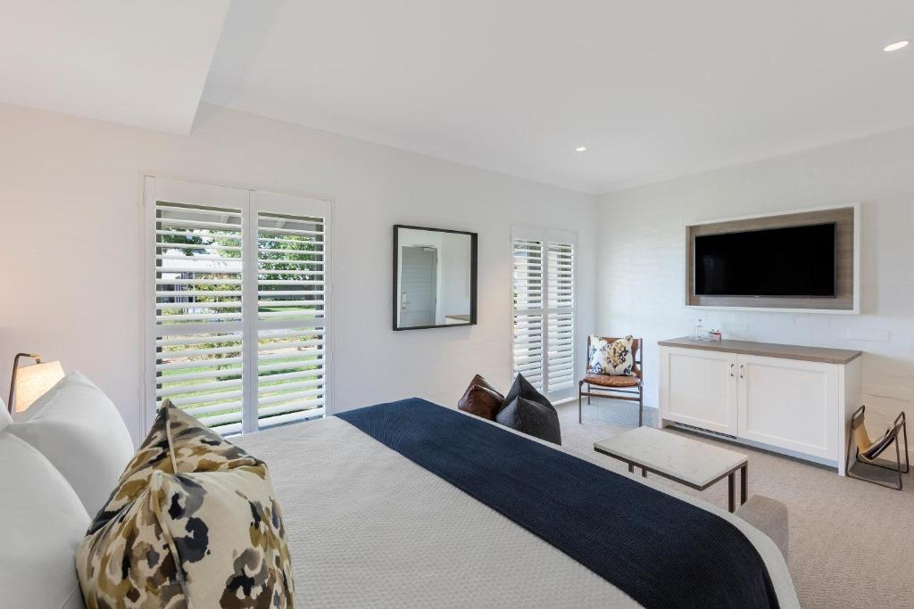 spicers guesthouse king deluxe 2